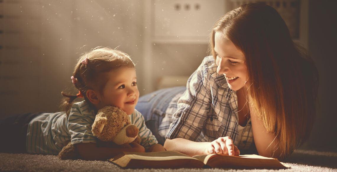 O adulto, a criança e o livro: A função libertadora e informativa da leitura compartilhada