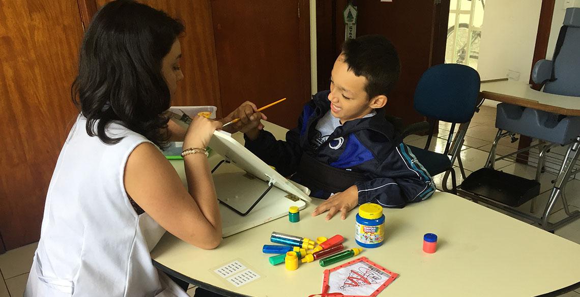 Educação inclusiva: aceitar que a criança seja matriculada ainda não é inclusão