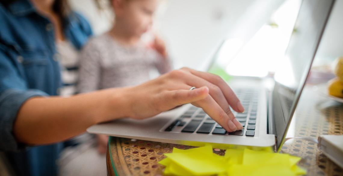 Os desafios que as mães ainda enfrentam no mercado de trabalho