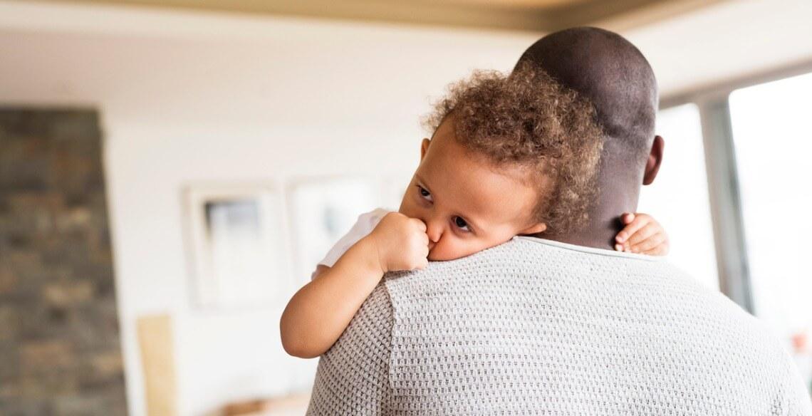 Meu filho só quer colo! O que fazer para tirar este hábito?