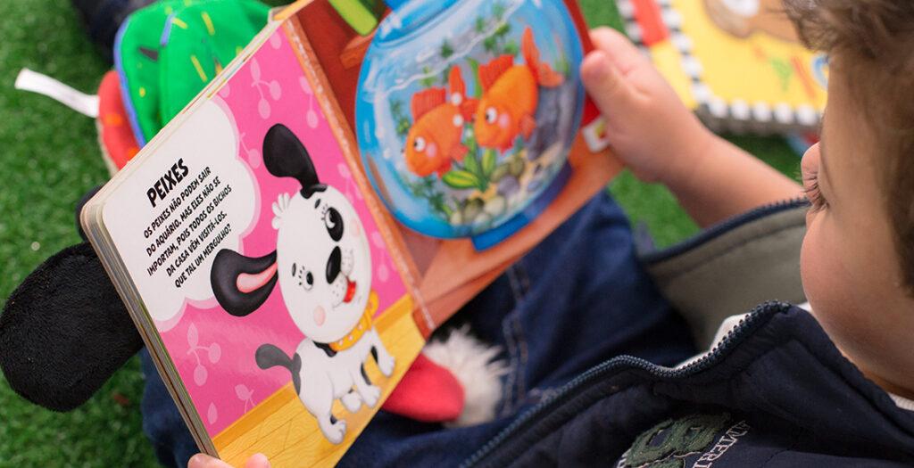 O que vem no Kit Leiturinha: 1 ou 2 livros infantis por mês