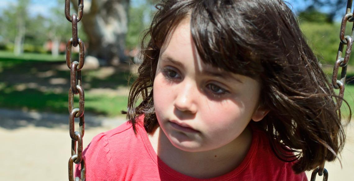 Como lidar com o sentimento de rejeição dos pequenos?