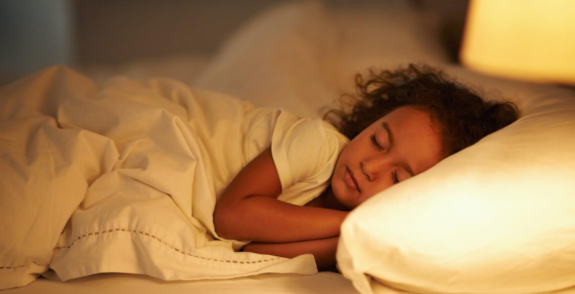 4 dicas para ajudar seu pequeno a dormir sozinho