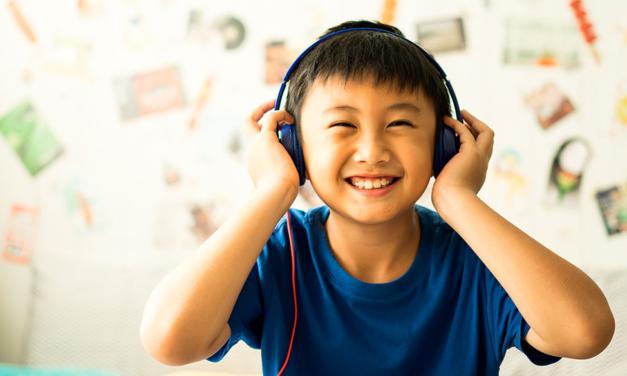 Você sabe quais são os benefícios do audiolivro para o seu pequeno?