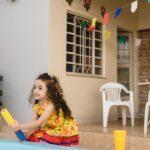 Como fazer uma festa junina em casa?