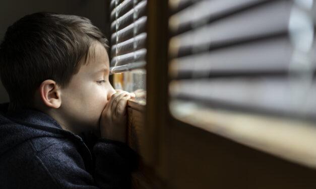 Precisamos falar sobre violência contra crianças