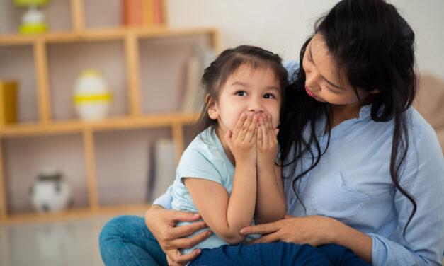 5 brincadeiras para incentivar o desenvolvimento da fala