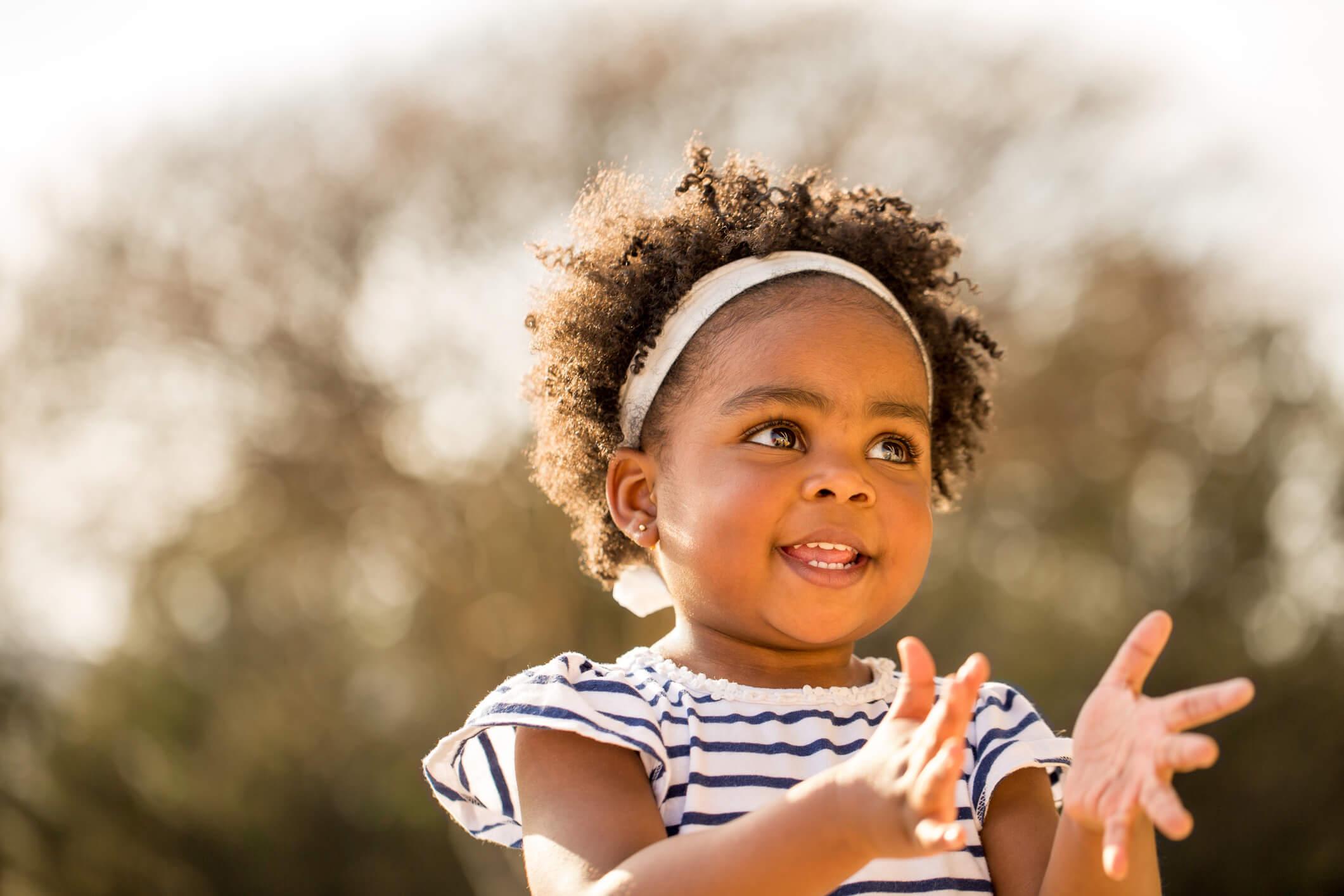 A importância dos gestos na comunicação com o bebê