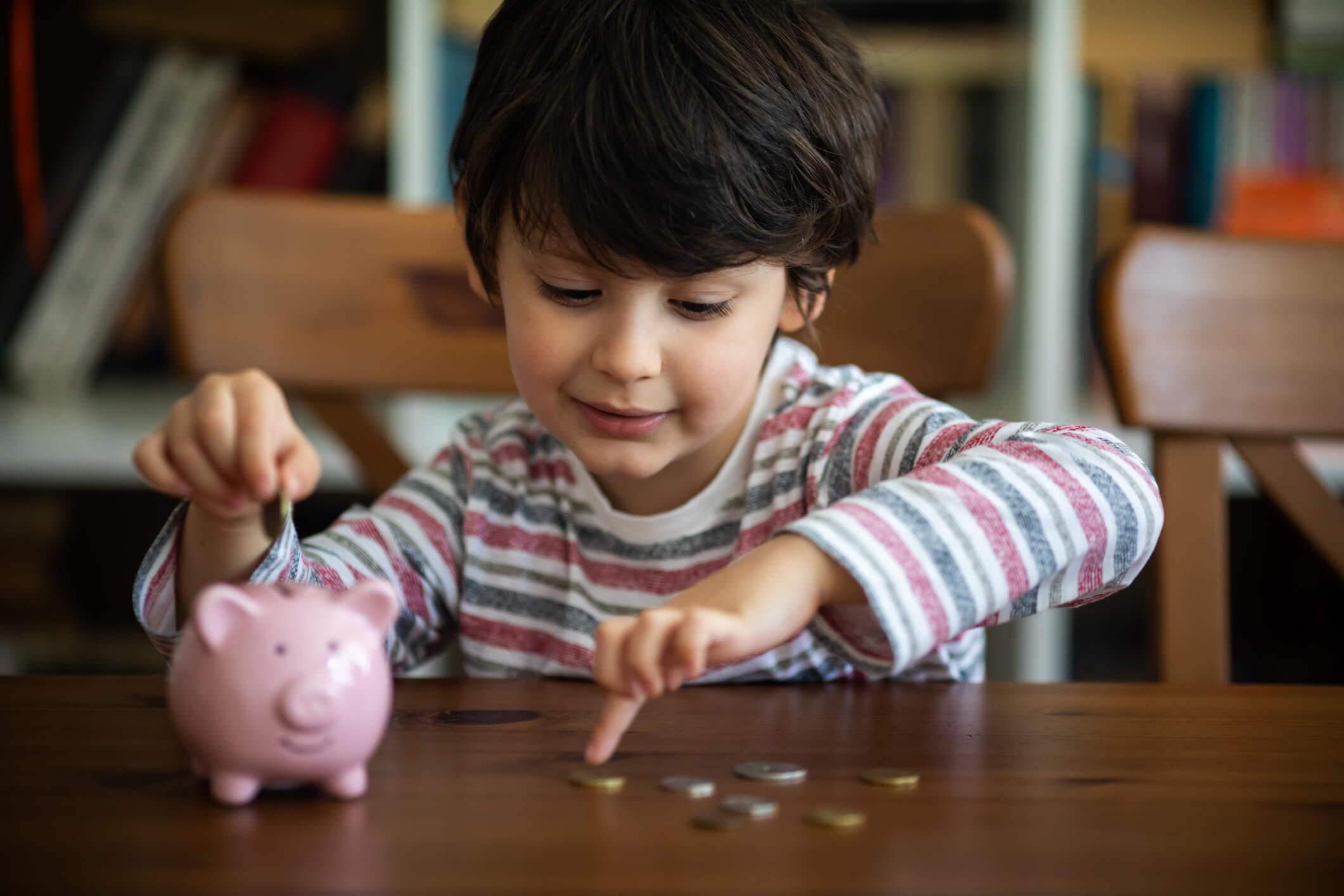 Educação financeira para crianças: tudo o que você precisa saber